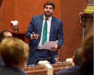 López Miras intentará aunar a los enfrentados Cs y Vox para alcanzar la presidencia