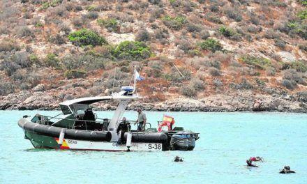 Cultura autoriza las inmersiones para averiguar si el barco fenicio de Mazarrón corre peligro