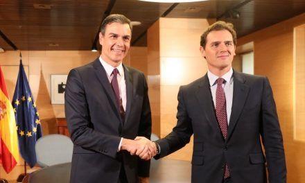 Podemos responde al rey que Pedro Sánchez prefiere pactar con Ciudadanos