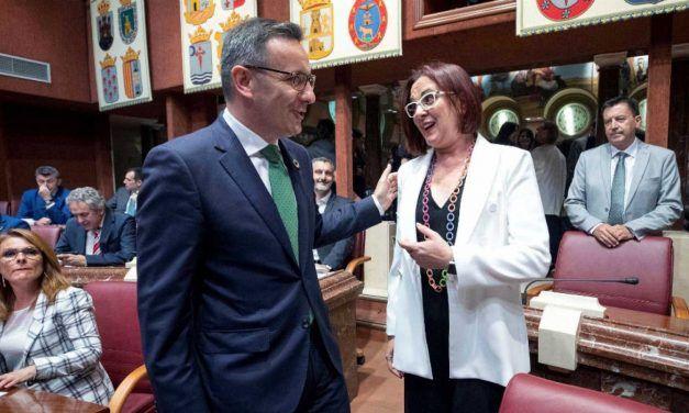 ISABEL FRANCO QUITA LA MÁSCARA A DIEGO CONESA