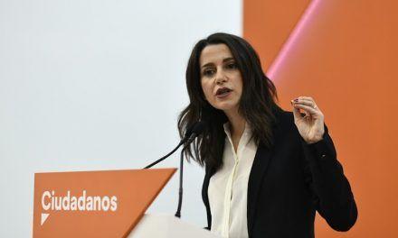 Inés Arrimadas destroza al podemita Asens que habla de naciones en España: «¿Es Murcia una nación?»