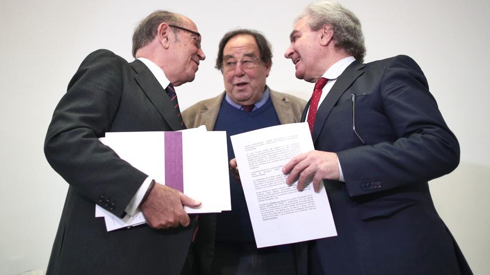 Exmiembros de PSOE y Cs piden un pacto entre Sánchez, Casado y Arrimadas