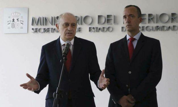 El juez del 'caso Villarejo' imputa al ex número dos de Interior de Rajoy por espiar a Bárcenas