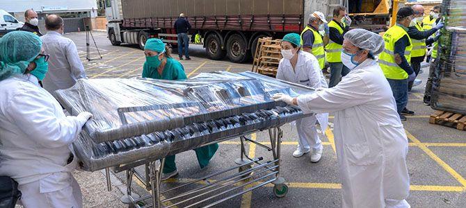 Un empresario dona a Cartagena 100 camas para el Hospital Santa María del Rosell