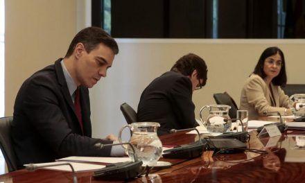El plan de cogobernanza de Sánchez no desactiva la oposición a la alarma