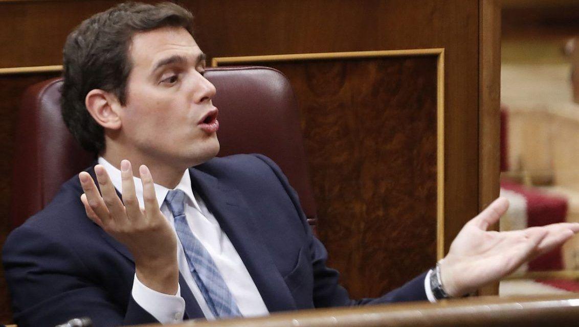 Rivera, García Egea y Abascal comparan el asalto al Capitolio de EEUU con las manifestaciones de 'rodea el Congreso'