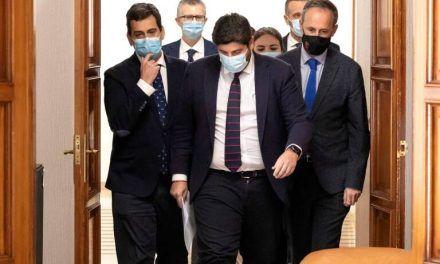 Ciudadanos activa la bomba nuclear para desterrar 26 años de hegemonía del PP en sus dos fortines: la Región y Murcia