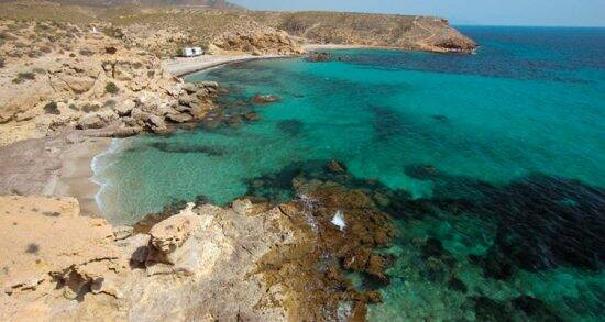 Mazarrón no solo es costa: planes para este verano desde la montaña a la bahía