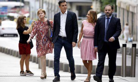 Sánchez busca el control de una decena de federaciones para aislar más a sus críticos