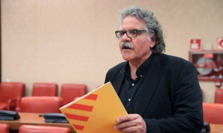 ERC empuja a la independencia el día 6 y Puigdemont busca tiempo para un mediador