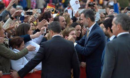 Los Reyes se interesan por la historia de Caravaca y la sequía en su visita