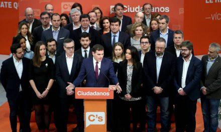 """Ciudadanos moviliza a sus """"patrullas"""" para contraatacar a la pinza PP-PSOE"""