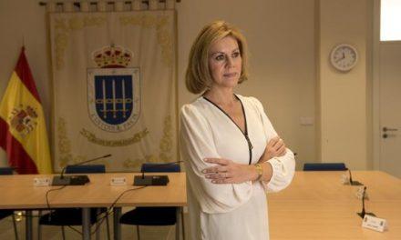 Cospedal renuncia a su escaño acorralada por los audios con Villarejo
