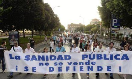 La Marea Blanca saldrá a la calle el 1 de marzo contra el «deterioro de la sanidad»
