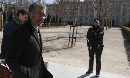 Granados lleva al juez «facturas falsas» para probar la financiación irregular del PP