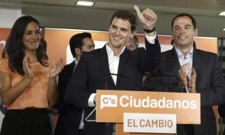 Rivera ratifica su desafío a Rajoy en Madrid con una encuesta interna que le da la victoria
