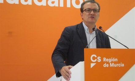 Ciudadanos pide al Gobierno información actualizada  sobre planes y plazos del AVE entre Murcia y Almería