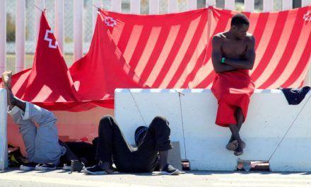 Sánchez convoca a las autonomías por la situación migratoria