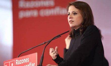 Lastra se lleva la del pulpo por pedir una reforma constitucional «feminista»