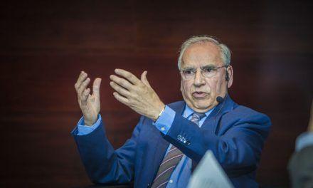 Alfonso Guerra: «Pactar con Cs es más natural que con Podemos»
