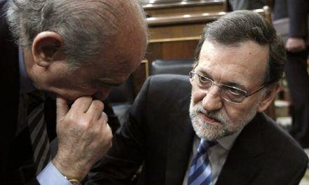 ¿Rajoy va a salir de rositas también de esto?