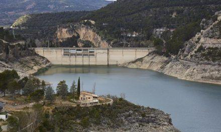 «Ahora mismo circula más agua por el trasvase Tajo-Segura que por el propio río Tajo»