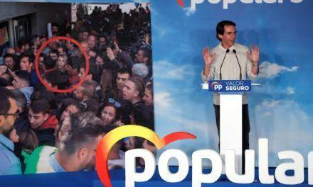 Casado moviliza a los expresidentes del PP y Sánchez obvia a González y Rubalcaba