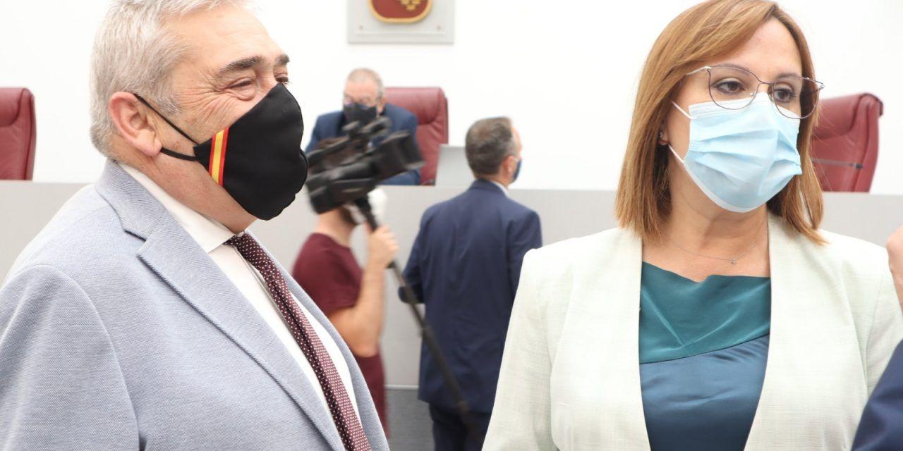 El GP de Ciudadanos contrapone la confianza y estabilidad que aporta al Gobierno regional de coalición al abandono y 'murcianofobia' del PSOE y Podemos