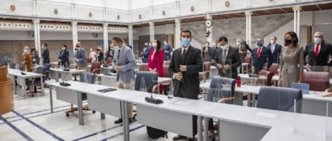 El «extraño» contrato de la tele no convence al Consejo de Administración de RTRM
